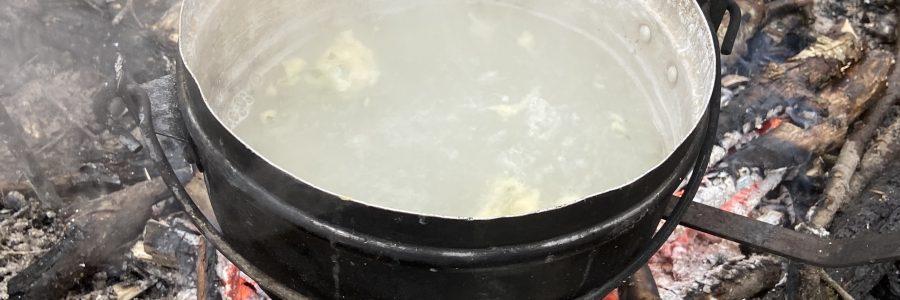 Bärlauch wird gekocht
